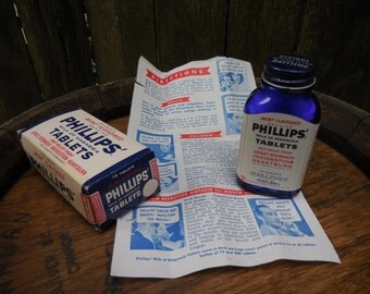 Vintage Phillips Milk of Magnesia Tablets with original box