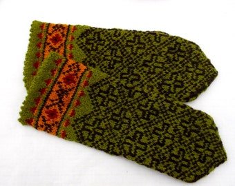 Mittens, Hand knitted wool latvian mittens, colorfull gloves, green brown mitts, nordic hand warmers, fair isle hand muffs. handmade