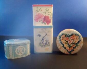 Set of 4 Vintage tins