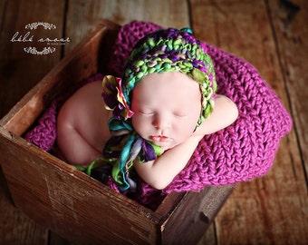 Newborn Bonnet - TUTTI FRUTTI - hand-spun-wool bonnet - Photo prop - Knitbysarah - Stitches by Sarah