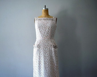 SALE . 1950s lace dress . vintage 50s pink and ivory dress