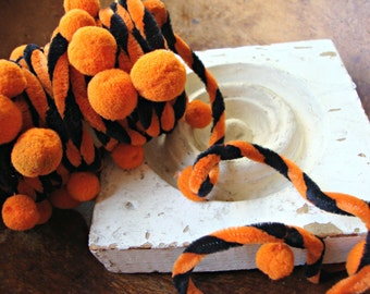 Black and Orange Wired Chenille Halloween Garland with Pom Poms
