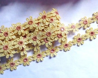 1/2 inch Wide Daisy Flowers Lace Trim price per yard