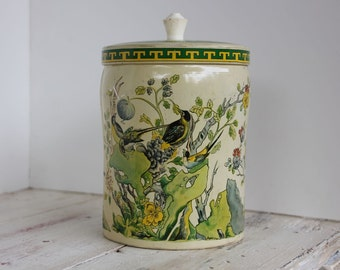 Vintage Elizabeth Shaw K'ang Hsi Tin Asian Inspired Tin Made in England Candy Tin Green Yellow Birds #711