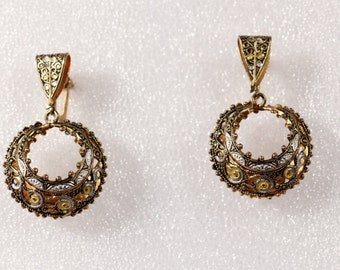 Vintage 50s Earrings Damascene Pendant Earrings Dangle Earrings Richly Detailed Screw Clasp Mid Toledo Earrings