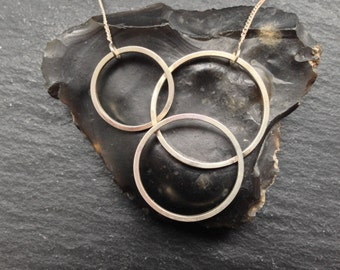 Minimal Circle Necklace - Trio - Sterling Silver