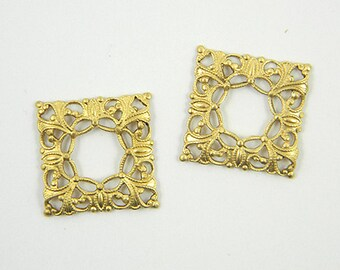 Square Filigree, Raw Brass Filigree, Cabochon Wrap, Filigree Connector, Brass Finding, 20mm - 4 pcs. (r121)