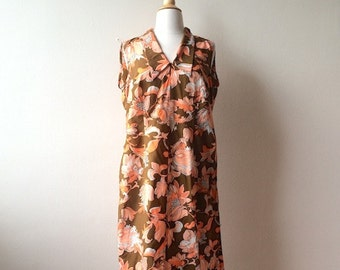 Vintage Brown Floral Shift Dress