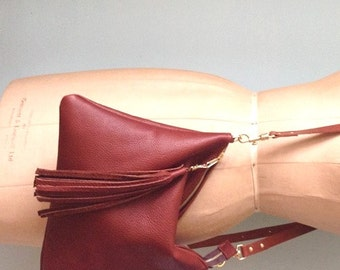 Brown leather handbag, tan leather purse, chestnut brown bag
