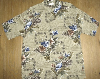 Vintage HAWAIIAN Pierre CARDIN Couture Short Sleeve Tropical Shirt. Flowers. size XL, extra large. Gray-green. Grey-green. Tan. Blue. Brown.