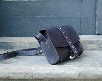 Small leather handbag DARK BLUE MESSENGER