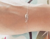Angel Wing Bracelet - Sterling Silver Link Angel Wing Bracelet -  Angel Wing Bracelet - Simple, Minimalist Jewelry, Everyday Jewelry