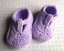 crochet baby shoes, t-strap booties; handmade baby shoes, baby girl shoes, baby booties, lilac shoes; ready to ship, uk seller 3-6 month