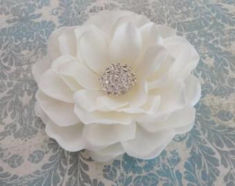Bridal Flower Clip, Bridal Hairpiece, Flower Fascinator, Bridal Antique White Flower, Creamy White Gardenia,  Rhinestone Flower Clip, Brooch