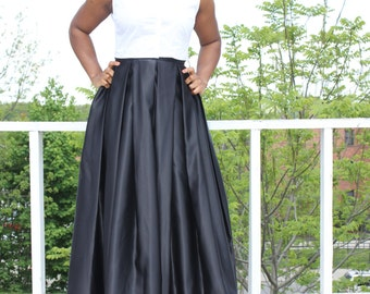 Maxi skirt- available in 10 colors- With pockets
