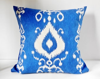 "Pillows Blue and White, Ikat Pattern, Geometric Pattern,  Modern, Pillow Cover, 18"" x 18"", Ready to ship."