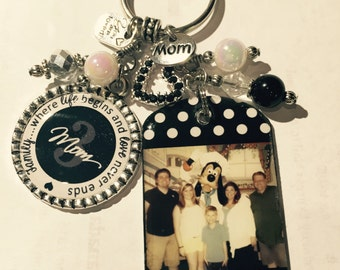 PERSONALIZED Photo Key Chain,  Mom Grandma  Aunt, Personalized Quote, Family,,,Where life begins and love never ends, Mother's Day Jewelry