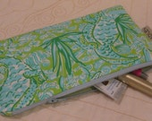 "Lilly Pulitzer ""See Ya Later"" Alligator Fabric Zipper Pouch Makeup Bag Pencil Pouch"