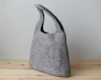 Handmade wool bag - Felted gray bag / basket - Hanging bag - Staff bag - Natural undyed gray wool - Wall bag - Cozy home accessory