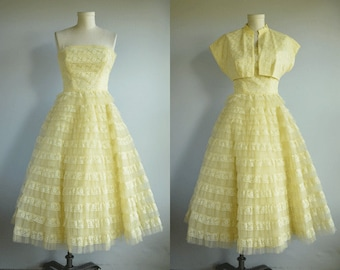 Vintage 1950s Prom Dress / 50s Pale Yellow Lace Tulle Strapless Prom Party Princess Dress  with Bolero Jacket