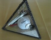 Beveled Glass Golf Sand Pyramid - Item 7-1016