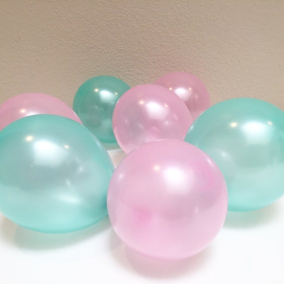 6 mini latex balloons mix in pink and mint green party. Black Bedroom Furniture Sets. Home Design Ideas