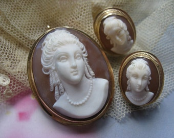 14K Cameo Set, Cameo Pendant, Cameo Earrings, Gold Cameo, Antique Cameo,Fine Estate Jewelry,Cameo Carved in Relief,Shell Cameo, 14K Earrings