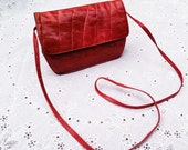 Vintage Ann Taylor Faux Croc Embrossed Leather Red Crossbody Handbag