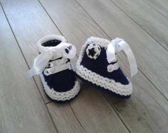 Hand knitted baby boy  booties,Baby Photo prop