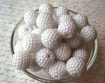 20mm Bumpy Bead, White Berry Bead, 6 pcs, Bubblegum Beads, Pearl Berry Bead, Gumball Bead, Acrylic Bead, Chunky Beads