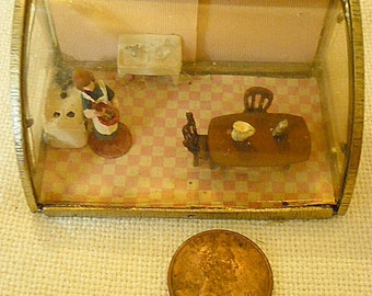 Miniature kitchen in a miniature breadbox