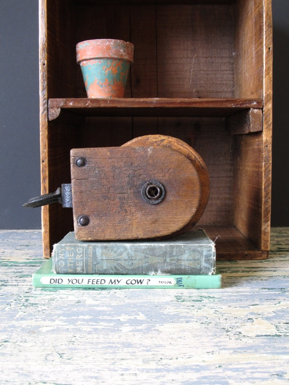 Vintage wooden pulley industrial decor vintage display for Decorating with pulleys