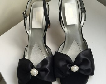 SALE! Black shoes With Pearl Rhinestone