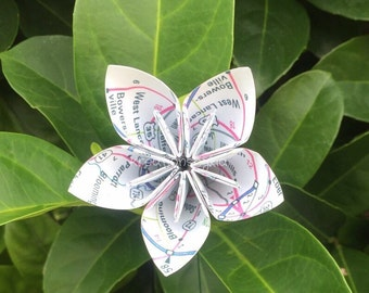 Map Paper Flower with Stem // Origami Flower/Kusudama Flower Bouquet/ Flower Arrangement/ Baby Shower/ Nursery/ Centerpiece