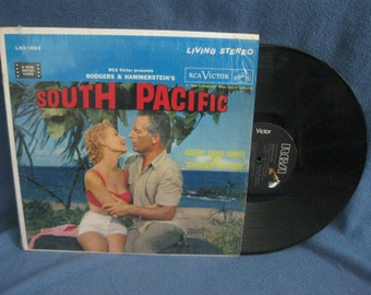 """Vintage, """"South Pacific"""" Original Soundtrack, Vinyl LP, Record Album, Original First Press in Shrink, Rodgers And Hammerstein Musical"""