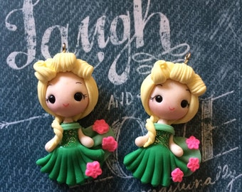 1 piece of New Elsa Frozen Polymer Clay Charm Bead Scrapbooking Embelishment Bow Center Pendant Cupcake Topper