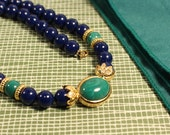 Avon Royal beaded necklace 1988 vintage blue and green beads
