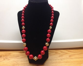 Vintage Red and Gold Beaded Necklace