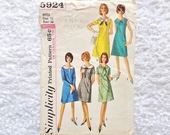 Vintage Simplicity Dress Pattern 5924 Size 16