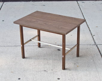 Paul McCobb Side Table / Linear Group For Calivn Furniture