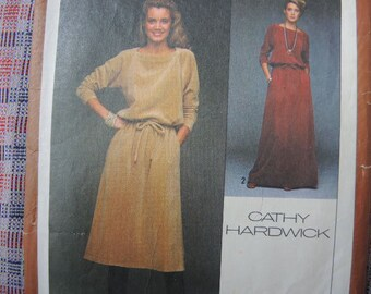 vintage 1970s Simplicity sewing pattern 8652 Cathy Hardwick Designer pullover two piece dress in two lengths size 8