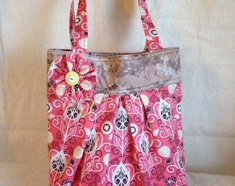USMC Marine Corps military desert MARPAT camouflage paisley pink purse, tote bag, tote, with pockets