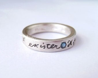 Skinny French Poetry ring Il Faut Vivre Sterling Silver and Blue Sapphire