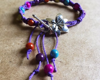 Friendship Bracelet - Boho chic braided hemp friendship bracelet with glass beads and silver flower clasp