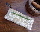 Taupe Tapestry Zipper Wallet Purse