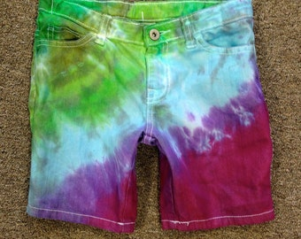 Funky Tie Dye Kids Shorts (girls) size 8 K045
