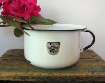 vintage enamel chamber pot / Belmont, Ohio - USA - white - black - enamelware - bathroom decor - enamel container - planter - farmhouse