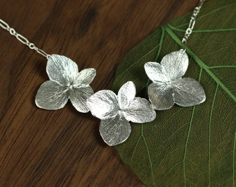 OVERSTOCK SALE  Three Hydrangea Necklace in Sterling Silver