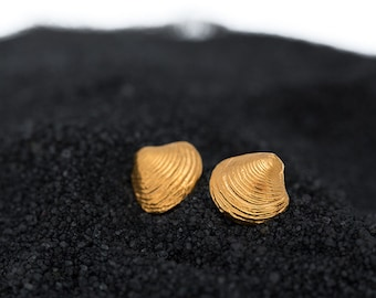 silver shell earrings, beach wedding, Summer Jewelry, mermaid accesories, ocean lover gift, hand made, seashell studs, solid gold studs 14k