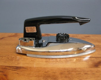 Vintage 1950's French Travel Iron Original in Case Portable Iron Convertor 220V-1.5A 120V-3A